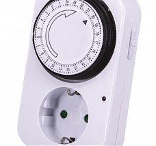 STECK STM 240V Mechanikus beltéri napi időzítőkapcsoló 24h/15min